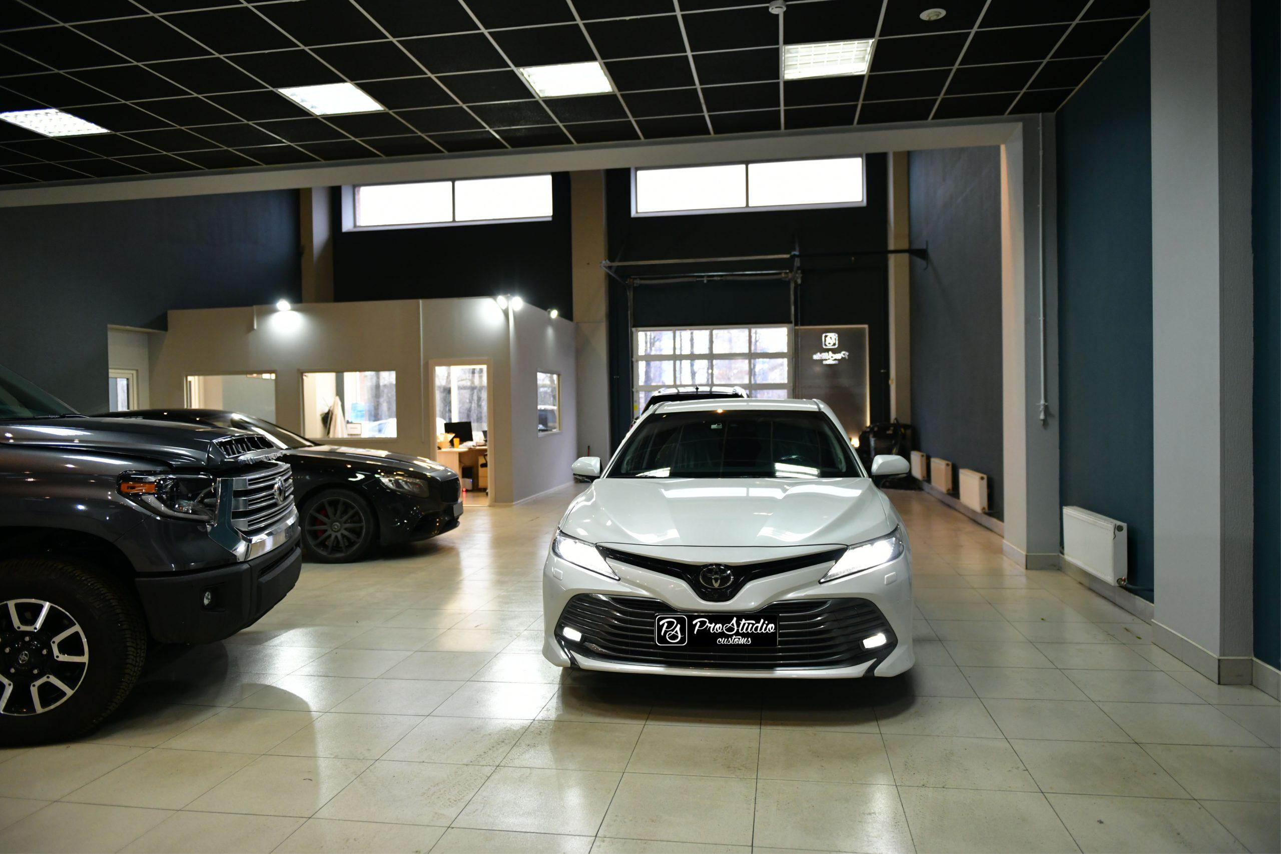 Toyota Camry V70 в студии ProStudio Customs