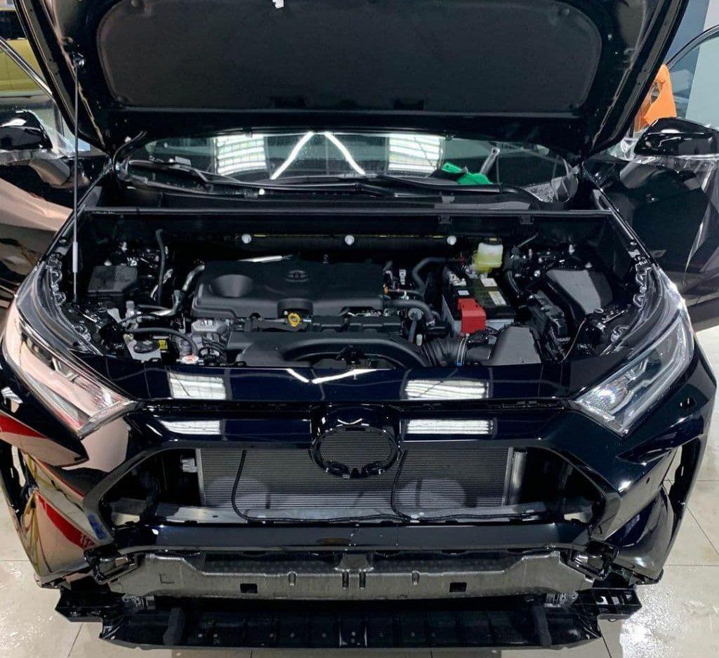 в новым Toyota RAV4 шумоизоляция